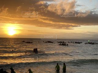 自然,風景,海,空,太陽,朝日,ビーチ,船,水面,光,群れ