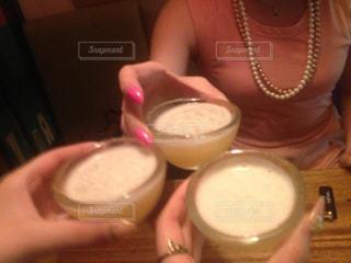 お酒,グラス,韓国,お祝い,乾杯,飲み会,ドリンク,パーティー,マッコリ