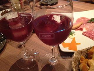 ディナー,ワイン,グラス,誕生日,乾杯,ドリンク,イタリアン,デート,赤ワイン