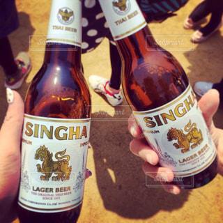 ランチ,お酒,グラス,ビール,タイ,乾杯,ドリンク,野外フェス,手元,タイフェス,SINGHA