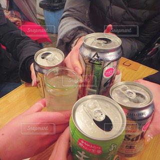 人物,人,グラス,乾杯,飲み会,ドリンク,女子会,大人数,年越し,仲間,手元,年末年始,熱燗,えべっさん