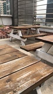 木製のベンチの写真・画像素材[2738150]
