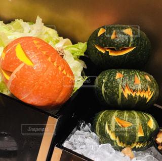 かぼちゃもハロウィン仕様の写真・画像素材[2638163]
