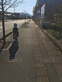 自転車でお出掛けの写真・画像素材[2547562]