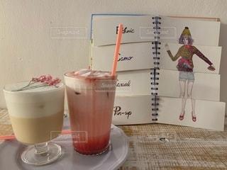 飲み物,カフェ,コーヒー,ピンク,オシャレ,グラス,乾杯,ミルク,スムージー,ドリンク,イチゴ