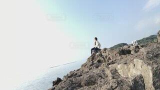 自然,海,空,太陽,晴天,自由,波,日差し,岩,人物,人,たそがれ,流れ,落ち着く,心地,パーソン