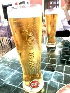 旅行,夫婦,グラス,ビール,乾杯,ドリンク,ポルトガル,リスボン