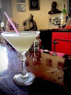 グラス,乾杯,ドリンク,キューバ,ハバナ,ダイキリ,ヘミングウェイ,サルサ,ラ・フロリディータ