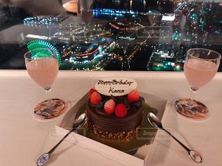 夜景,ケーキ,グラス,誕生日,乾杯,ドリンク