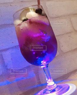 グラス,カクテル,乾杯,ドリンク,紫色,バイオレット
