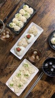 食べ物,食事,氷,皿,食器,グラス,そうめん,米,料理,日本食,麺,和,食,お昼ごはん,昼飯,昼ごはん,素麺,麦茶