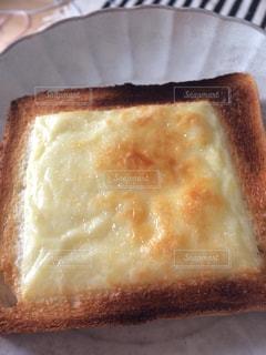 チーズトーストの写真・画像素材[2595576]