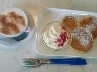 休日の朝食の写真・画像素材[2541519]