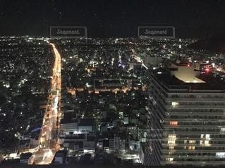 夜の街の眺めの写真・画像素材[2719044]