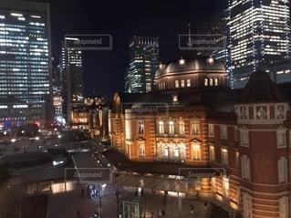 夜の街の眺めの写真・画像素材[2719049]