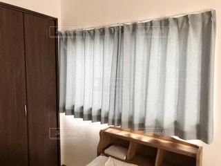 ベッドルームの写真・画像素材[3317770]