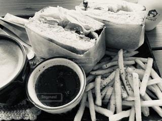 フライドポテトの山の写真・画像素材[3351507]