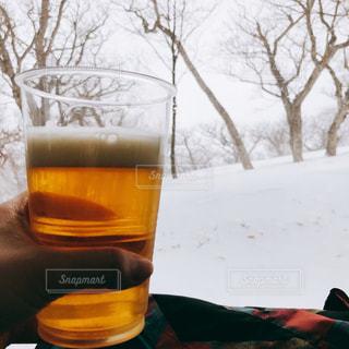 雪,屋外,雪山,グラス,ビール,寒い,乾杯,ドリンク,アルコール