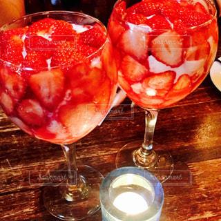 いちご,苺,楽しい,グラス,可愛い,乾杯,明るい,ドリンク,女子会,シャンパン,イチゴ