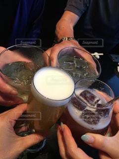 グラス,カクテル,乾杯,ドリンク,友達,親友,仲間,打ち上げ,再会,懇親会