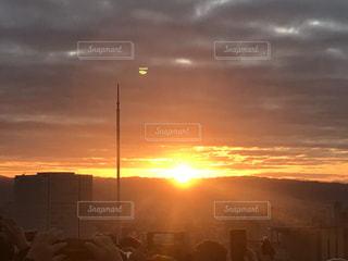 空,屋外,太陽,雲,光,朝焼け,日の出,初日の出