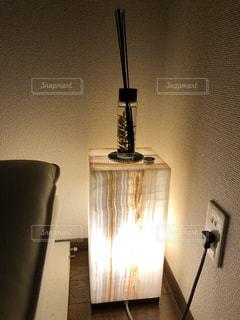 間接照明とフレグランスの写真・画像素材[2962025]