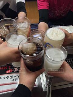 グラス,カクテル,おいしい,乾杯,焼肉,ドリンク,酒,仲間,さっぱり,うまい,打ち上げ,ノンアルコール,カルピス,昼飲み,ウーロン茶,おつかれ,スポーツ後,イェーイ,ソフトド リンク