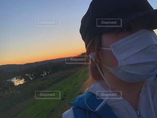 帽子をかぶった人の写真・画像素材[2722138]