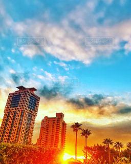 空,建物,太陽,夕暮れ,光,都会,sunset,福岡,サンセット