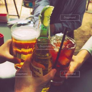 お酒,グラス,乾杯,休日,ドリンク,仲間