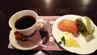 スイーツとコーヒーの写真・画像素材[4947977]