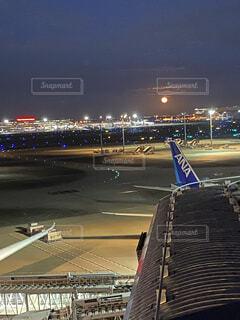 自然,風景,空,屋外,飛行機,月,空港,航空機,車両