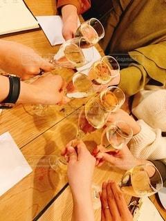 お酒,グラス,乾杯,ドリンク,女子会,スパークリング