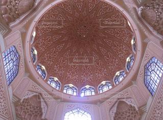 プトラジャヤのピンクモスクの天井の写真・画像素材[3139399]