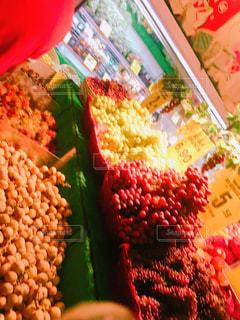 マレーシアのフレッシュフルーツたちの写真・画像素材[3214261]