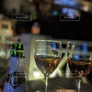 夏,海外,旅行,ワイン,ボトル,グラス,ギリシャ,乾杯,ドリンク,デート,サントリーニ,ハネムーン,アルコール