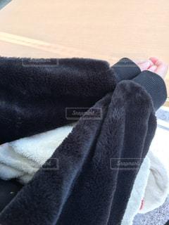 白い靴のペアの写真・画像素材[2909867]