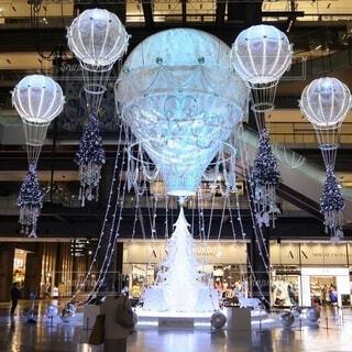 冬,屋内,気球,光,テーブル,イルミネーション,クリスマス,ツリー,明るい,グランフロント,グランフロント大阪,クリスマス ツリー,グランフロントクリスマス