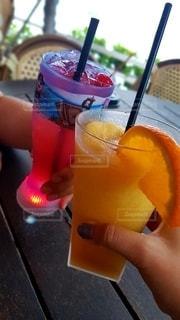 飲み物,テラス,オレンジ,人物,イベント,グラス,カクテル,乾杯,ドリンク,パーティー,手元