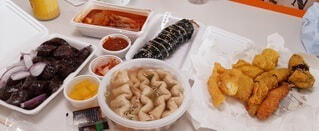デリバリーの韓国料理の写真・画像素材[4201931]