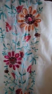 花,春,日常,洋服,装飾,生活,刺繍,ライフスタイル,収納,ストール,衣替え,整理整頓,ガーゼ