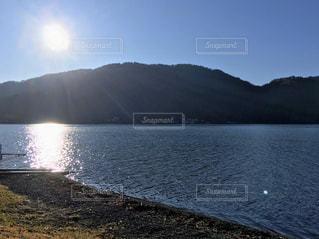 自然,空,屋外,湖,太陽,朝日,水面,日光,山,光,中禅寺湖,日中