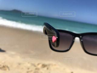 海,空,アクセサリー,屋外,砂,サングラス,ビーチ,水面,眼鏡,ハート,ハワイ,メガネ