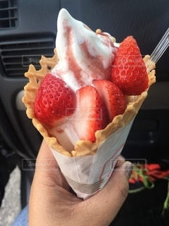ソフトクリームパフェの写真・画像素材[2648728]