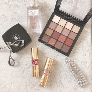 香水,メイク,美容,CHANEL,シャネル,コスメ,化粧品,チーク,アイシャドウ