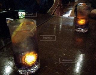 飲み物,インテリア,水,氷,ガラス,光,コップ,食器,カクテル,ドリンク,光る,ライフスタイル