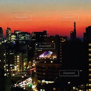 夜の街の眺めの写真・画像素材[2719390]