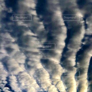 波なみの雲の写真・画像素材[2794618]