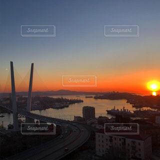 風景,空,太陽,夕暮れ,船,オレンジ,光,ウラジオストク