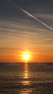 自然,海,空,太陽,雲,光,地平線,日の出